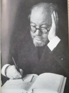 Thörnberg vid boken